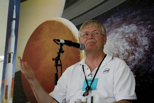 """Scienziato NASA: """"gli UFO? Fenomeno da studiare"""""""